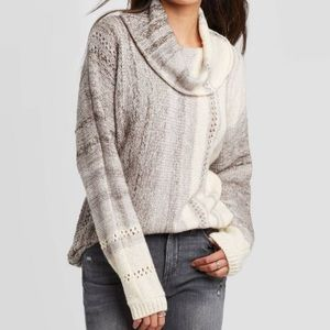 Knox Rose Gray Cowl Neck Sweater